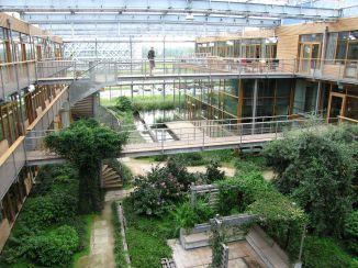 1280px-Wageningen_University_-_Building_Lumen (1)